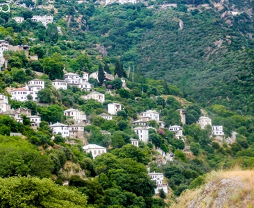 Hiking and exploring in Pelion, Greece!
